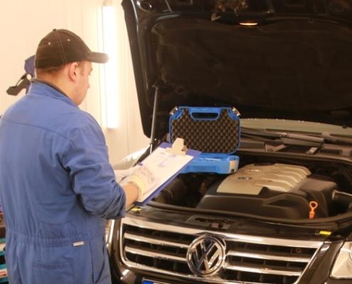 auto-hooldamine-tehasegarantii-kehtivuse-ajal